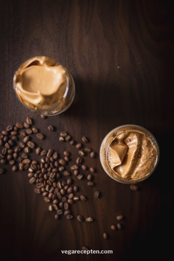 Making Dalgona coffee