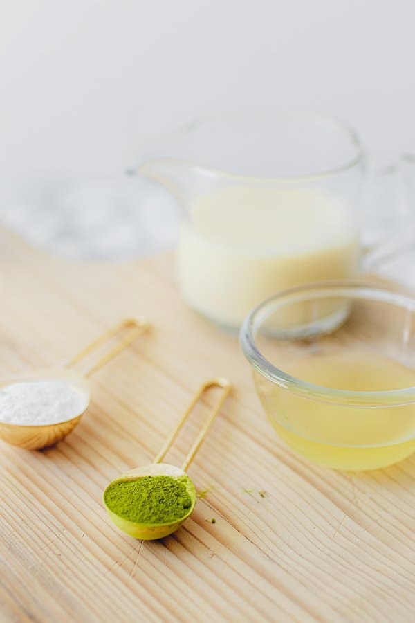 Dalgona matcha latte ingredienten