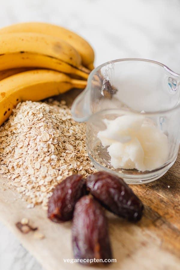 Gezond bananenbrood havermout ingredienten