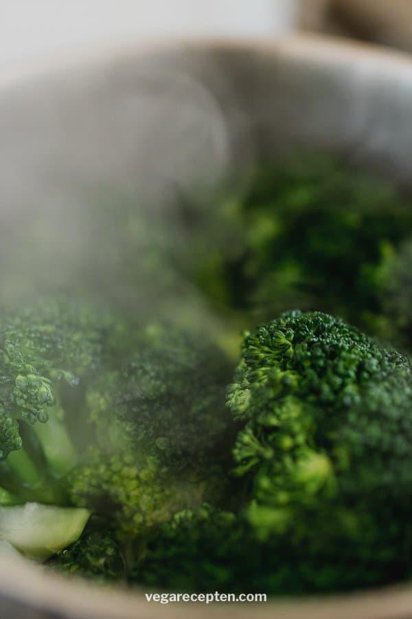 Hoe lang moet broccoli koken