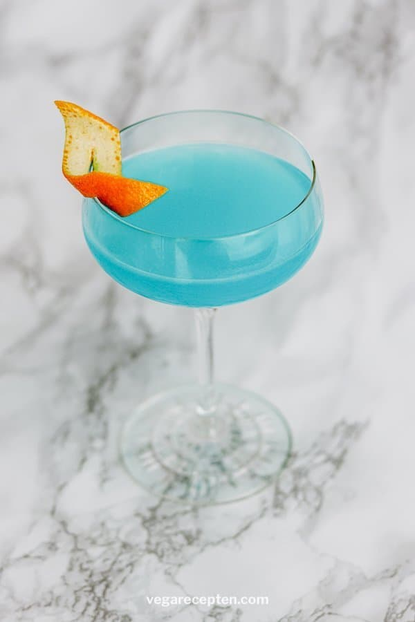 Blue lagoon cocktail recept blauwe cocktail