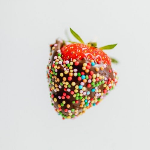 Chocolate strawberries with sprinkles