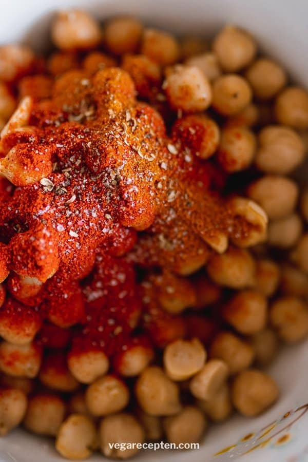 Roasted chickpea ingredients