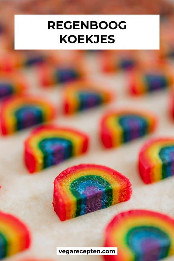 regenboog gekleurde koekjes bakken