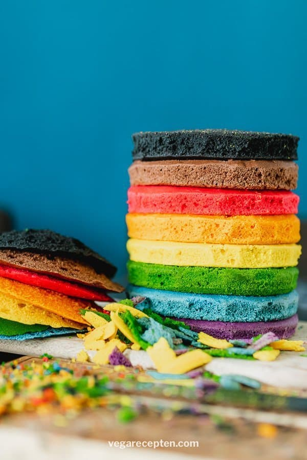 Make rainbow stacked cake