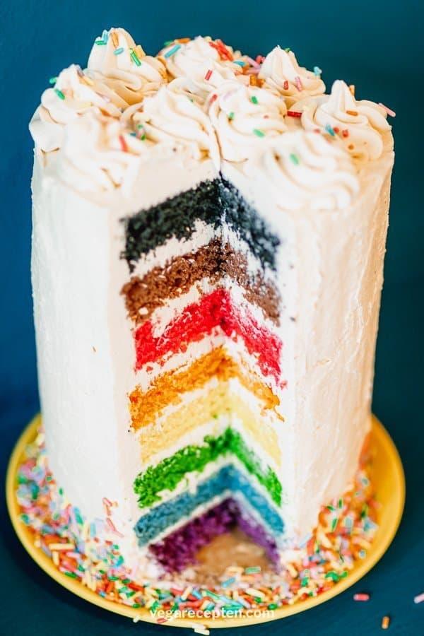 Regenboog vegan taart