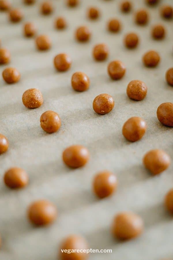 Vegan kruidnoten bakken