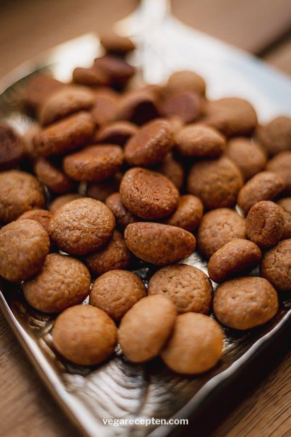 Zelf pepernoten maken kruidnoten recept