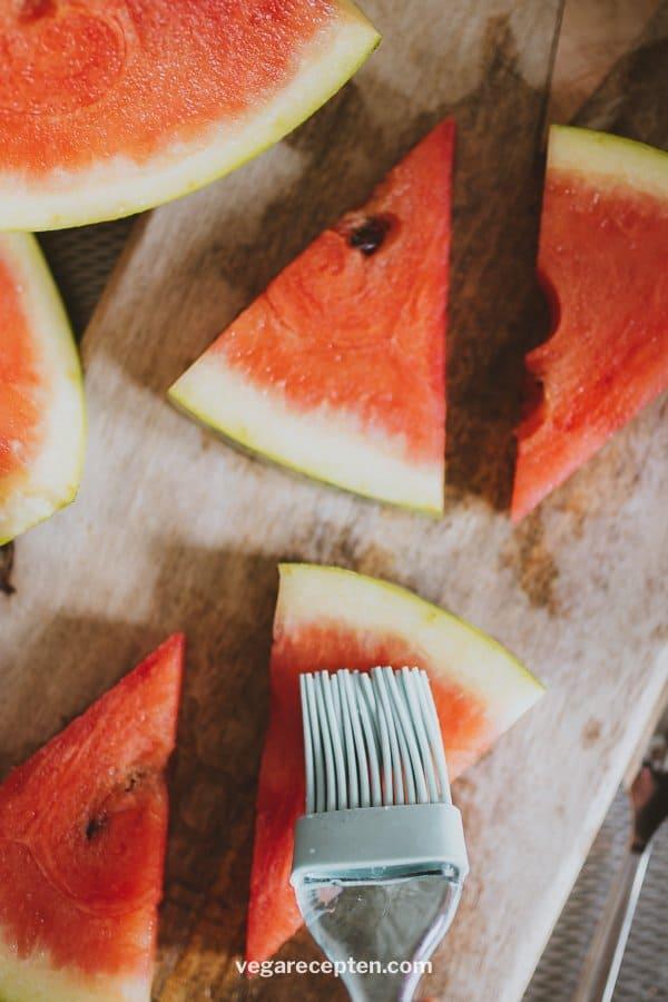 Gegrilde watermeloen vega gourmetten