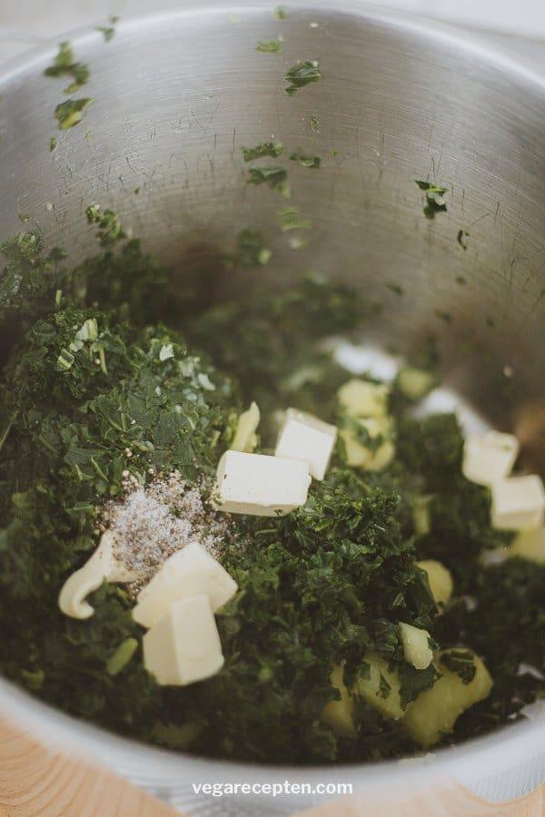 Mash vegetarian kale
