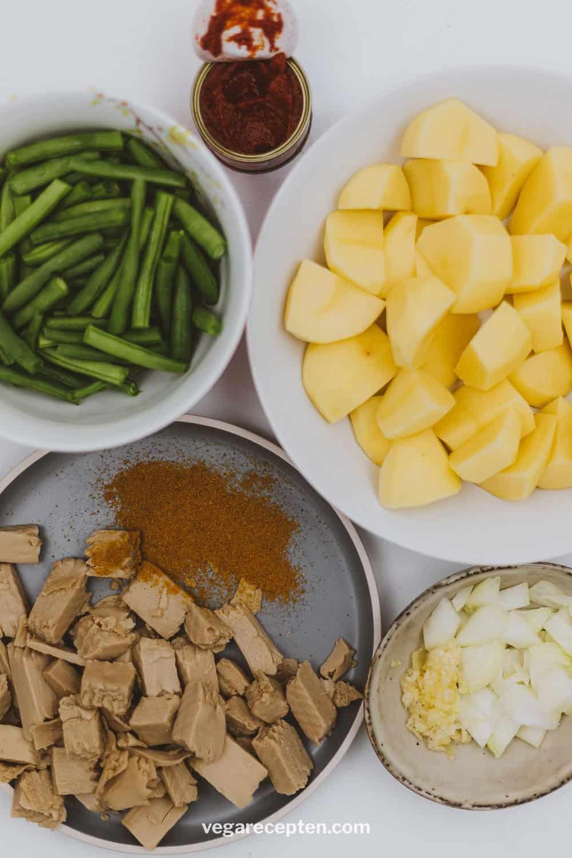 Vegetarische roti masala ingredienten roti kruiden