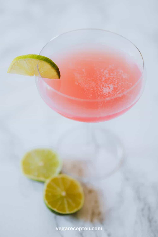 Cosmopolitan cocktail maken