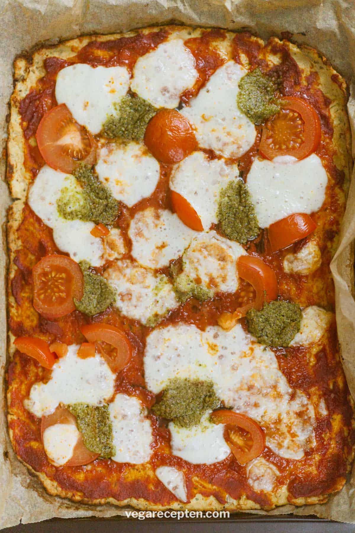 Bloemkoolbodem pizza recept