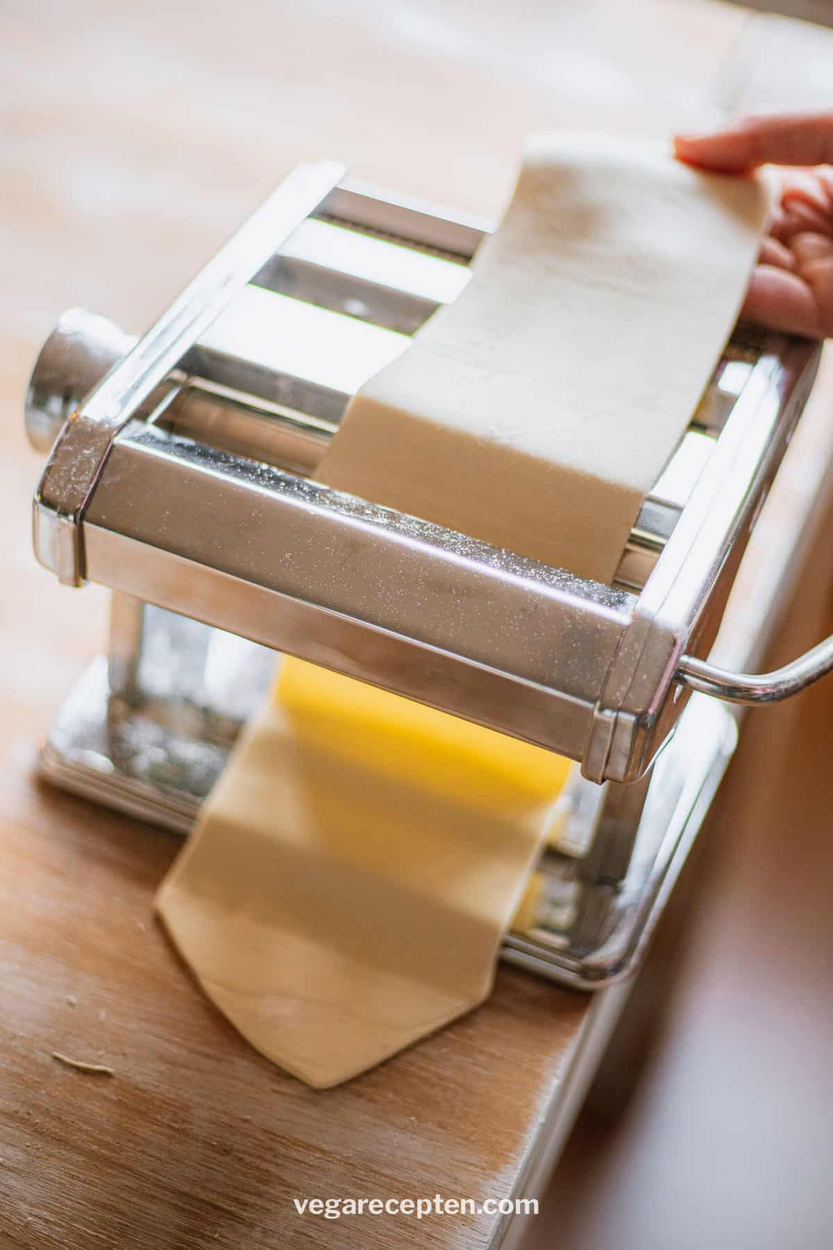 Zelf pasta maken pastamachine