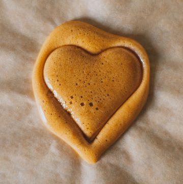 Korean Dalgona Candy Recipe Squid Game Cookie recipe honeycomb toffee