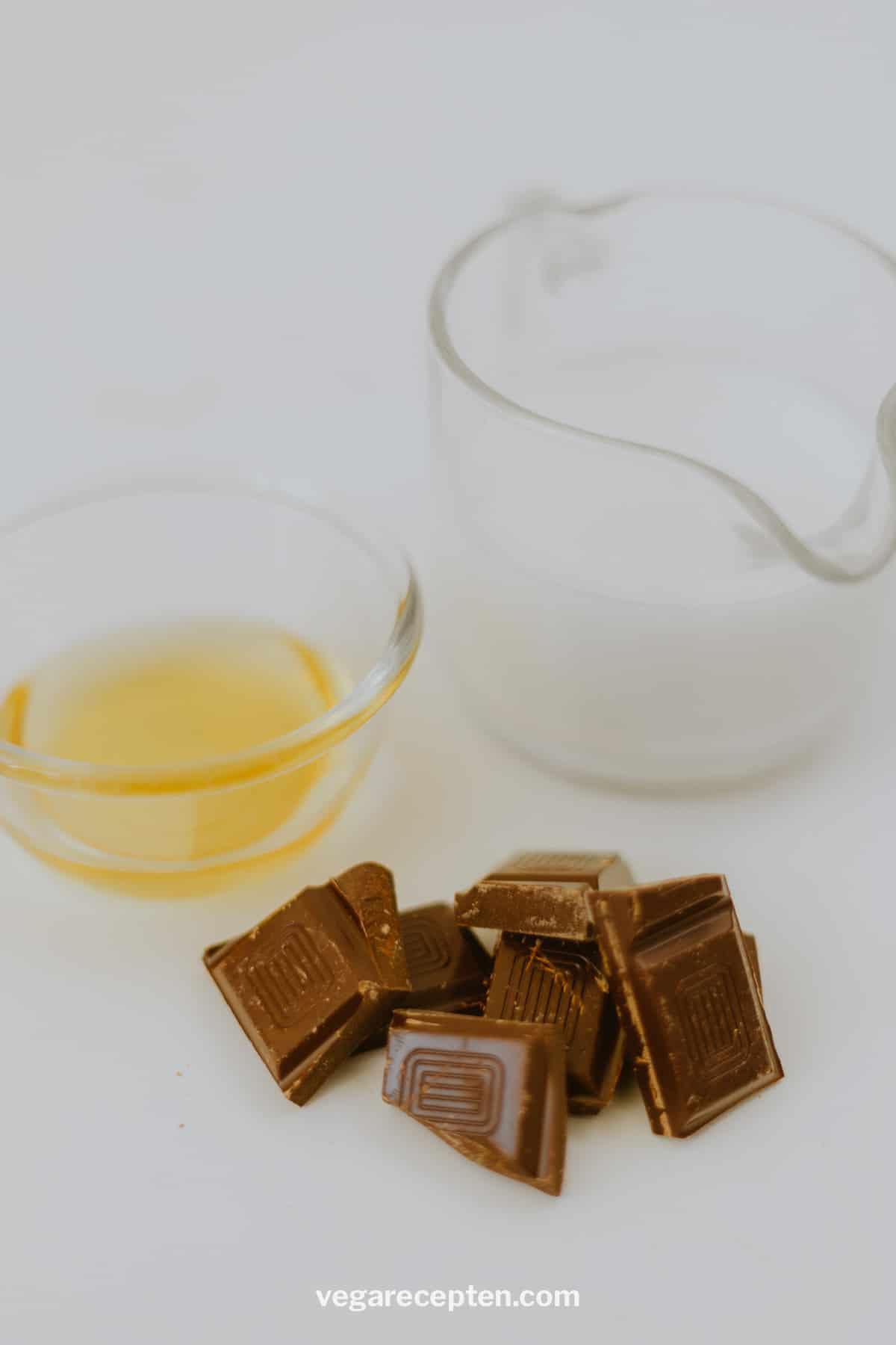 Warme chocolademelk met chocolade